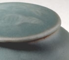 A LONGQUAN CELADON JARLET AND COVER