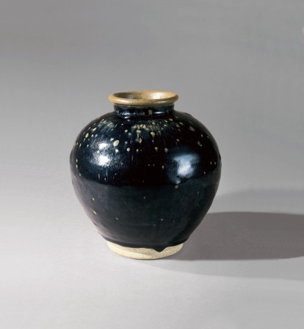 A FINE BROWN-AND-BLACK-GLAZED STONEWARE JAR