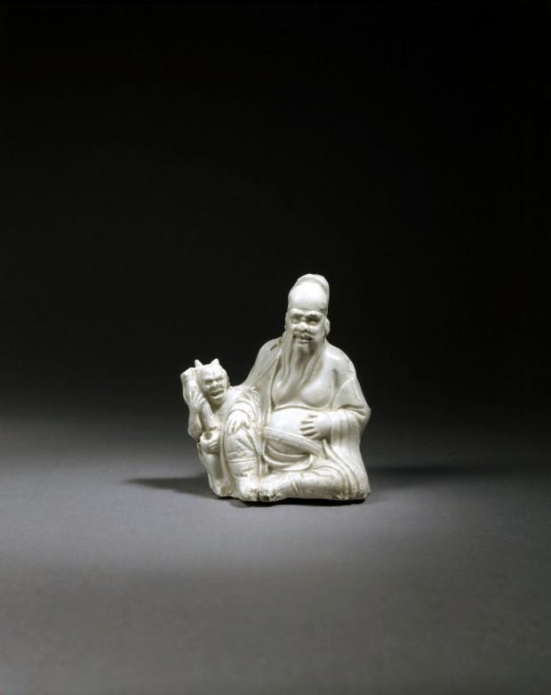 A WHITE PORCELAIN WATER VESSEL (DAO GUAN HU)