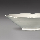 A CONICAL BOWL WITH FIVE-POINT FOLIATE RIM