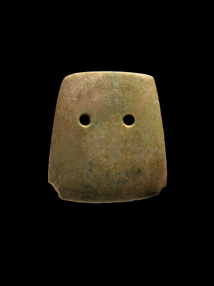 A NEOLITHIC JADE CEREMONIAL BROAD AXE (FU)