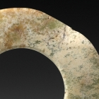 A NEOLITHIC JADE RING (HUAN)