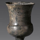 A NEOLITHIC BURNISHED BLACK POTTERY STEMCUP