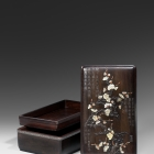 AN INLAID ZITAN 'PRUNUS' BOX AND COVER